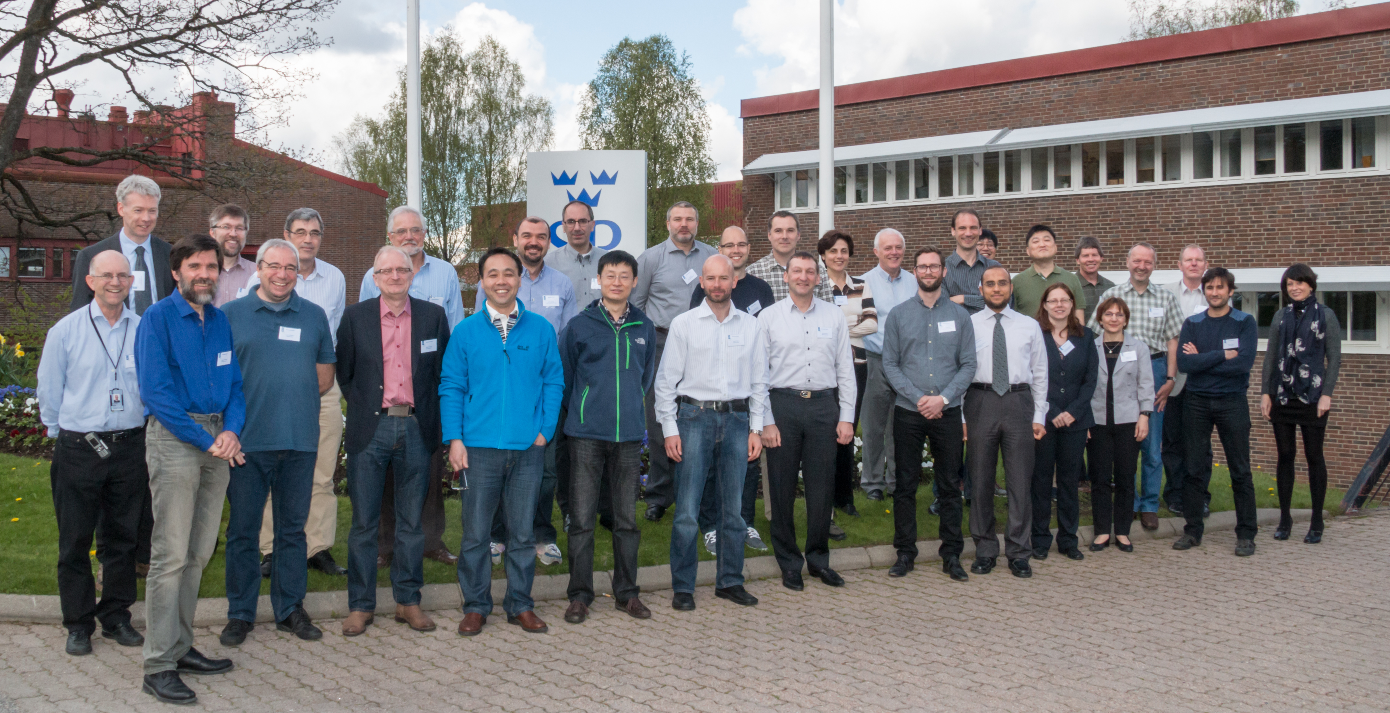 SC Low Frequency Meeting 2015, Group photo 2015.jpg